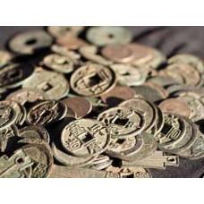 Vì sao đồng tiền tròn có lỗ vuông?